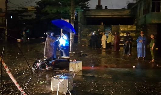 Khởi tố 1 cán bộ trong vụ điện giật gây chết người khi đi dưới mưa tại Đà Nẵng