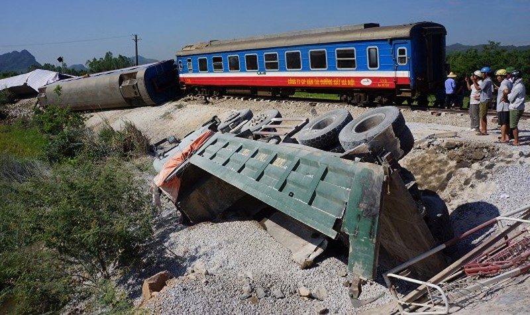 """""""Lời giải"""" nào  cho """"bài toán"""" tai nạn đường sắt?"""