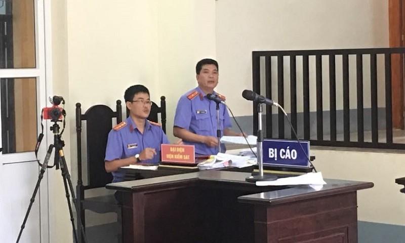 """Vụ án """"Cướp đò trên sông Ka Long"""": Công tố viên thừa nhận có nhầm lẫn, sai sót trong bản cáo trạng"""