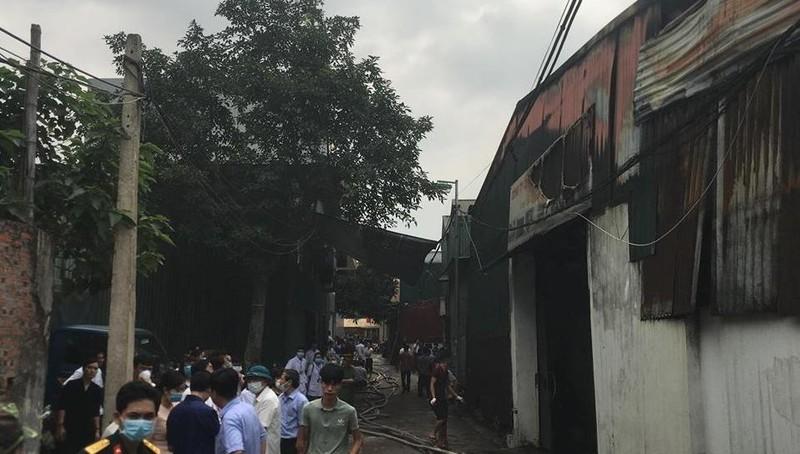 Danh tính 8 nạn nhân thiệt mạng trong đám cháy kinh hoàng ở Trung Văn - Ảnh 1