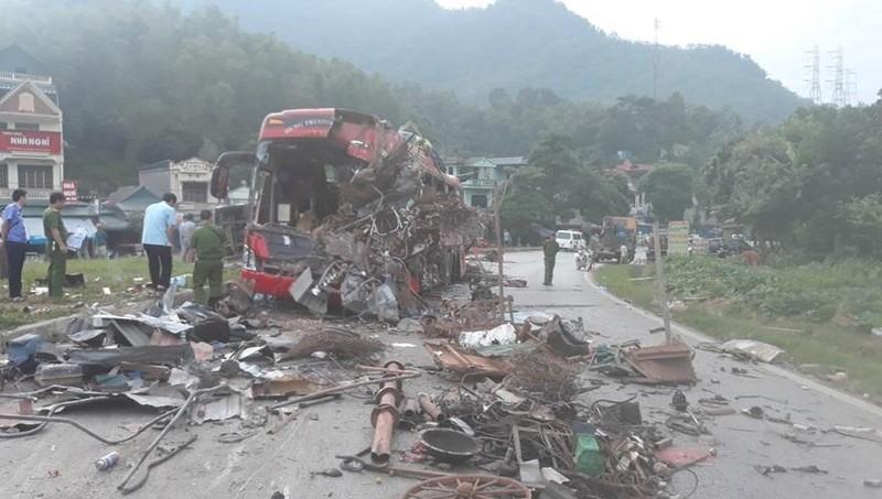 Danh tính nạn nhân tử vong vụ tai nạn thảm khốc ở Hoà Bình