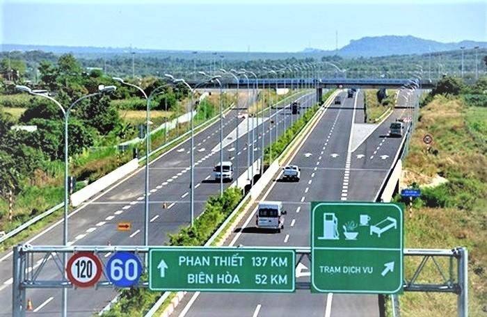 """Dự án nào """"hot"""" nhất tuyến cao tốc Bắc - Nam?"""