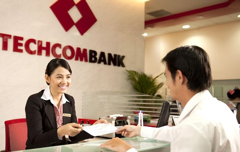 Giá cổ phiếu Techcombank đang đắt hay rẻ?