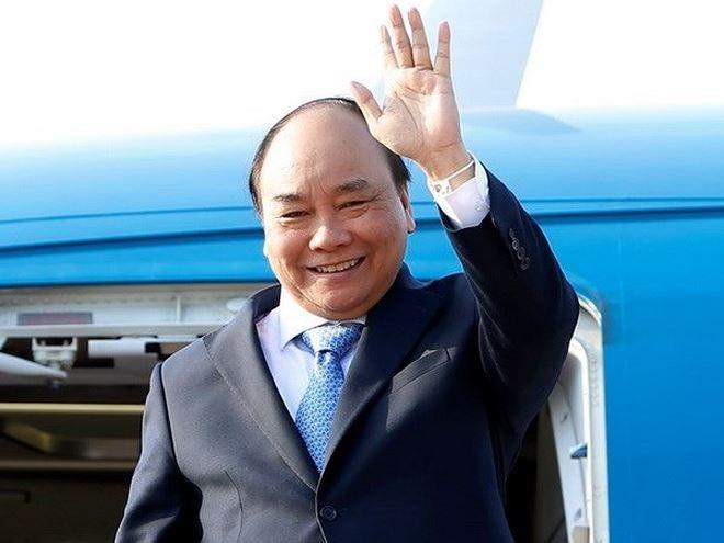Thủ tướng lên đường tham dự cuộc gặp các nhà lãnh đạo ASEAN và thăm Indonesia