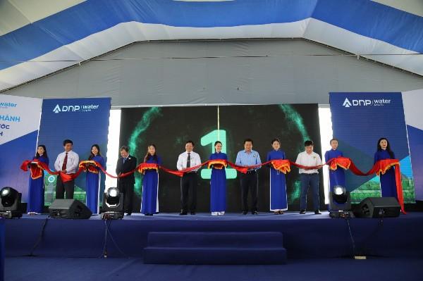 Khánh thành Nhà máy nước sạch có công nghệ hiện đại và quy mô lớn nhất khu vực Đồng bằng sông Cửu Long