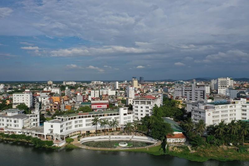 Bitexco khẳng định không thoái vốn tại Hương Giang Tourist