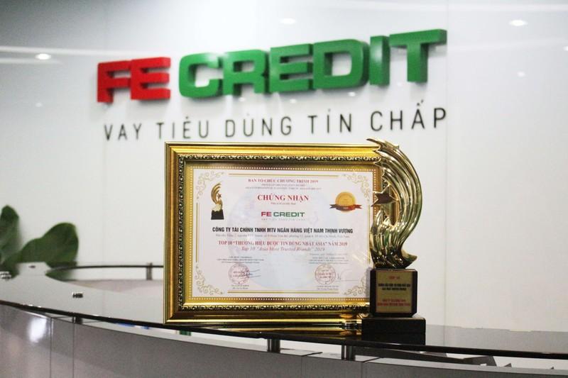 """FE CREDIT được vinh danh """"Top 10 thương hiệu được tin dùng nhất Châu Á"""" tại Diễn đàn kinh tế Quốc tế ASIA 2019"""