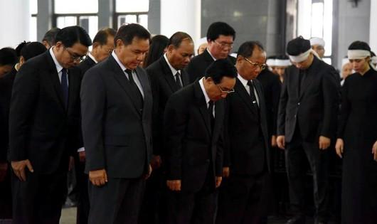 Các đoàn quốc tế viếng Chủ tịch nước Trần Đại Quang