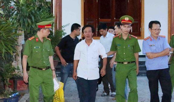 Cựu phó phòng thuộc Tỉnh ủy Quảng Bình lừa 7,5 tỷ đồng tiền 'chạy việc'