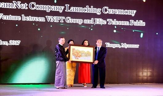 Khai trương liên doanh StreamNet của VNPT tại Myanmar