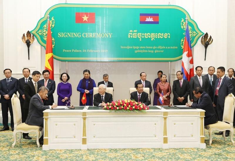 """Vietnam Airlines tham gia phát triển """"Vùng đất vàng Đông Nam Á"""""""