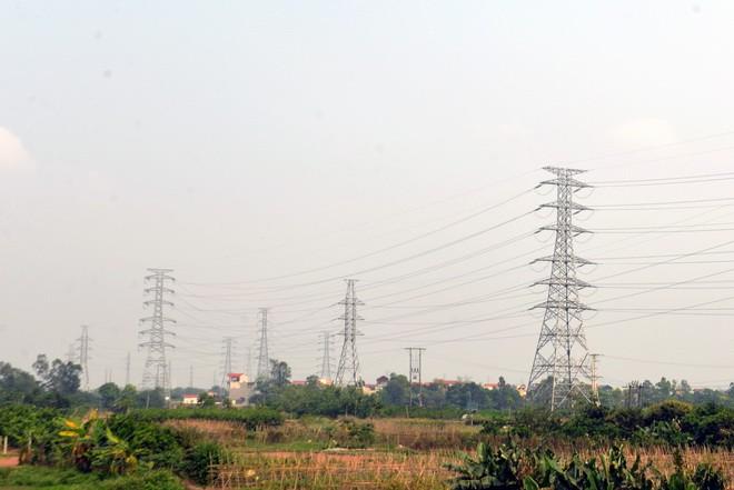 Đóng điện mạch thứ 4 đường dây 220kV Tây Hà Nội