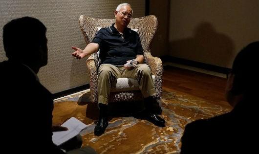 Thủ tướng Malaysia lên tiếng vụ cựu Thủ tướng nói không biết tiền công chuyển vào tài khoản