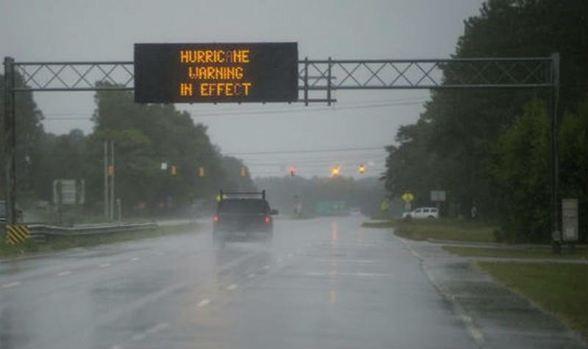 """Mỹ cảnh báo lũ lụt chết người vì bão """"có một lần trong đời"""""""