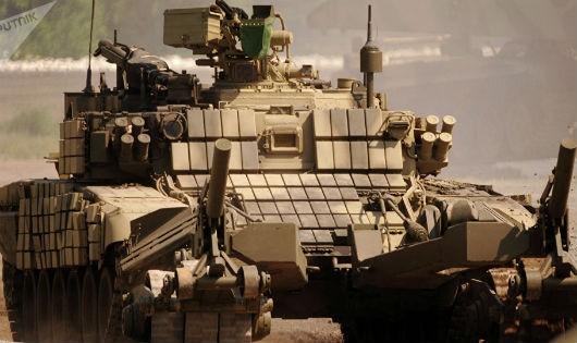 Quân đội Nga nhận xe bọc thép có thể biến thành tổ hợp robot