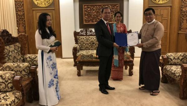 Đặc phái viên Thủ tướng Chính phủ thăm Myanmar