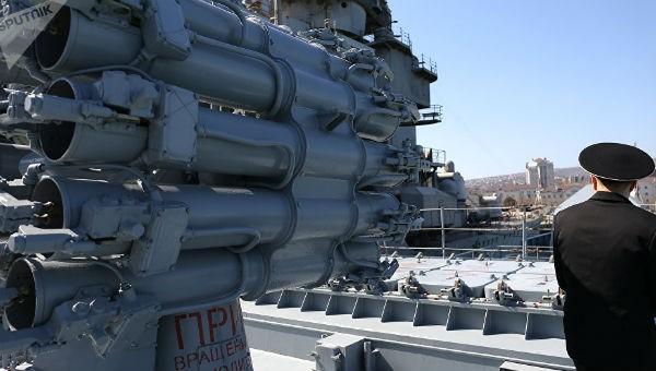 """Tên lửa Nga """"lật nhào chính sách pháo hạm tên lửa Mỹ"""" có thể lên bộ vào cuối năm"""