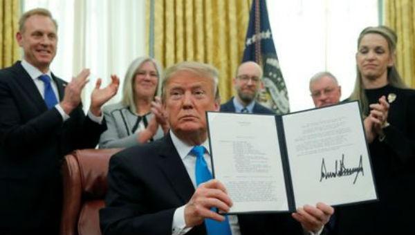 Ông Trump ký sắc lệnh nhằm lập nhánh thứ 6 trong lực lượng quân đội Mỹ