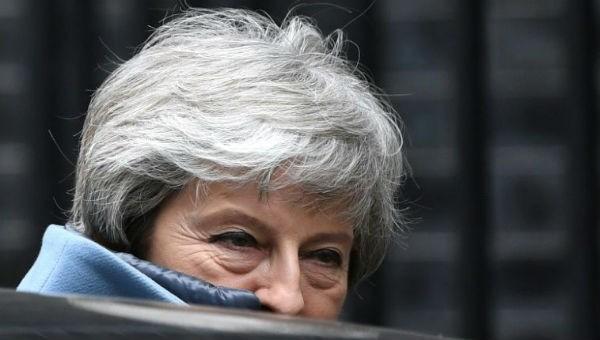 Thủ tướng Anh đề nghị từ chức để cứu thỏa thuận Brexit