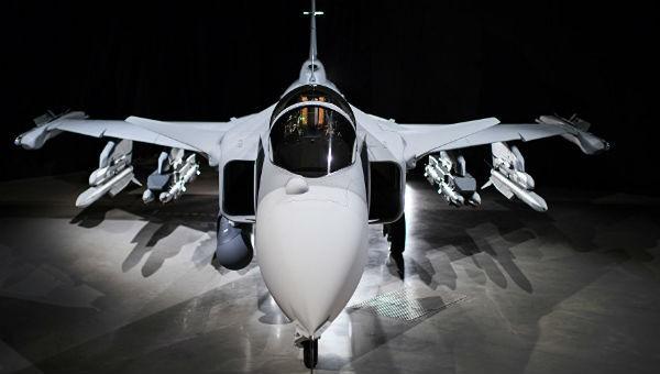 """Vì sao Thụy Điển chưa có được máy bay """"sát thủ diệt hạm đội Su-57"""" của Nga?"""