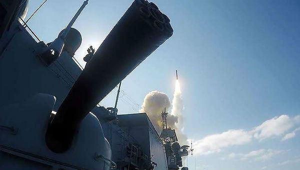 """Nga chạy thử """"siêu tàu"""" mang 16 tên lửa """"lật nhào chính sách pháo hạm tên lửa Mỹ"""""""
