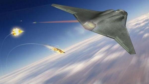 """Mỹ thử vũ khí laser """"thay đổi cuộc chơi"""", bắn hạ tên lửa đang bay"""