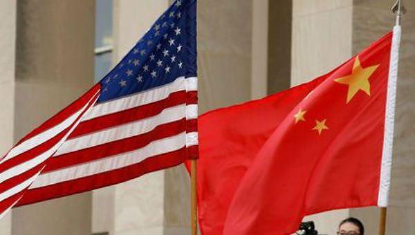 Ông Trump bất ngờ yêu cầu tăng thuế với toàn bộ hàng hóa còn lại của Trung Quốc