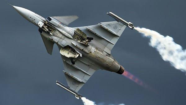 """Bulgaria muốn mua máy bay """"sát thủ diệt hạm đội Su-57 của Nga""""?"""