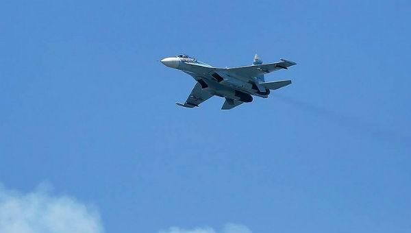 Nga điều Su-27 đánh chặn máy bay Mỹ, Thụy Điển