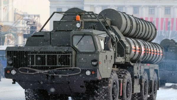 """""""Rồng lửa"""" S-400 của Nga được trang bị thêm tên lửa thông minh mới"""