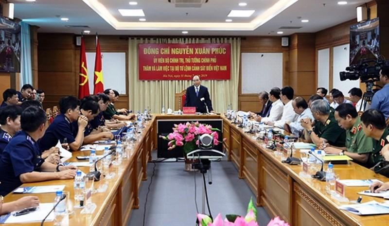 Thủ tướng Nguyễn Xuân Phúc biểu dương nỗ lực của Cảnh sát Biển Việt Nam