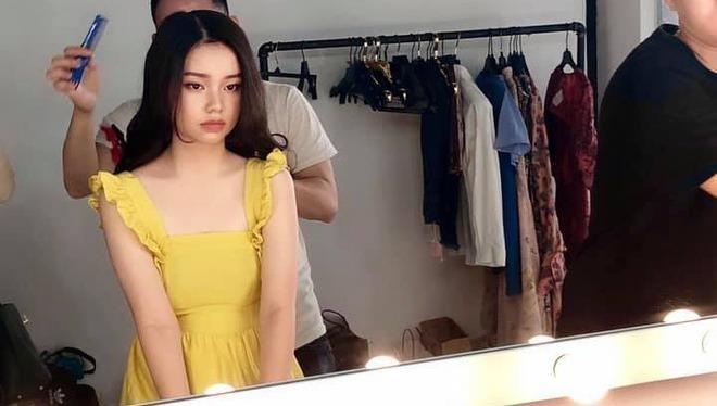 Nữ diễn viên 'nhí' đóng 'cảnh táo bạo' trong phim 'Người vợ 3'