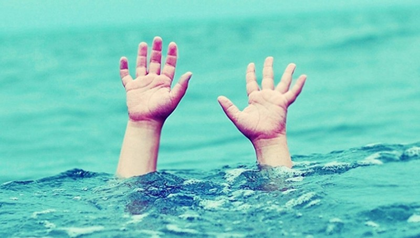 Liên tiếp hai vụ đuối nước trong ngày, 5 học sinh tử nạn thương tâm