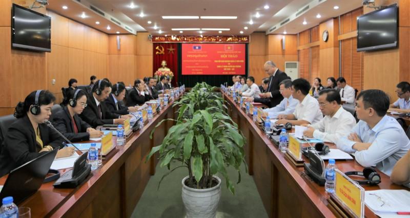 Việt- Lào trao đổi kinh nghiệm quản lý viên chức