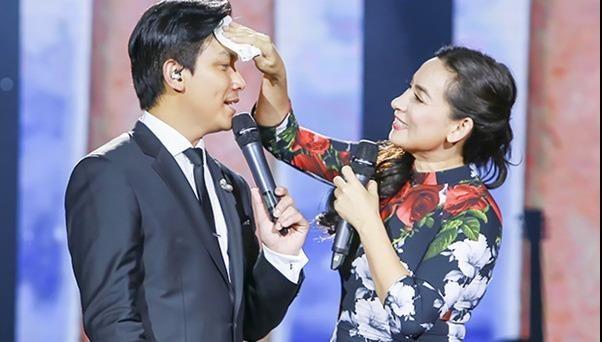 Phi Nhung, Mạnh Quỳnh chia sẻ về nhau trước liveshow của Chế Linh