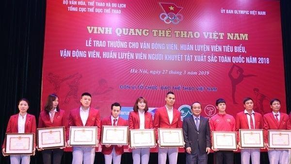 """Trao thưởng """"Vinh quang Thể thao Việt Nam"""" lần thứ 40"""