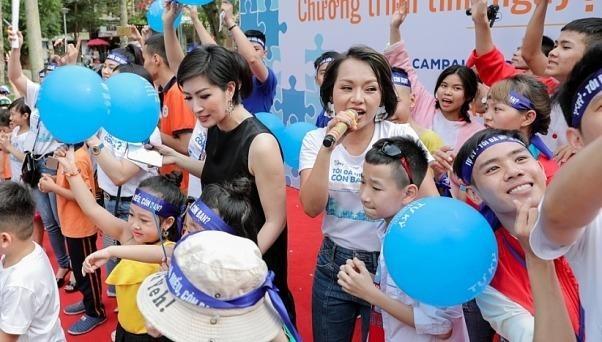 Thái Thùy Linh, Nguyễn Hồng Nhung đến với trẻ tự kỷ