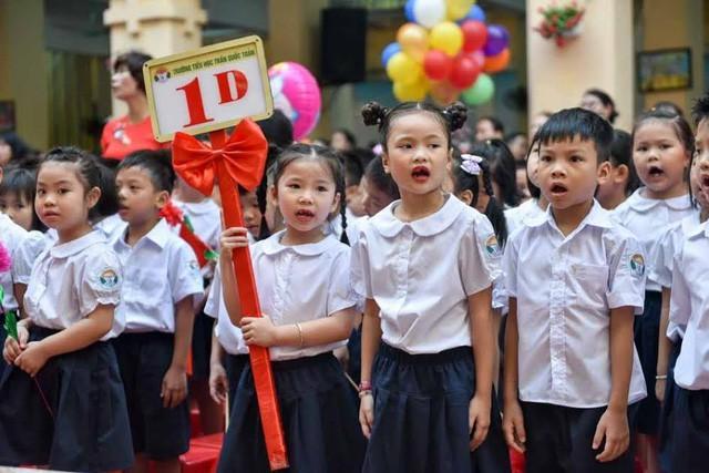 Học sinh Hà Nội quá khổ!