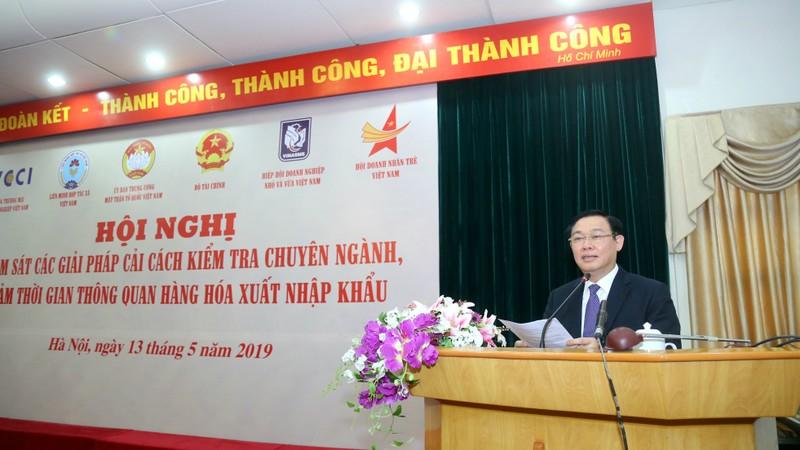 Phó Thủ tướng Vương Đình Huệ: Cắt giảm triệt để vòi vĩnh, sách nhiễu