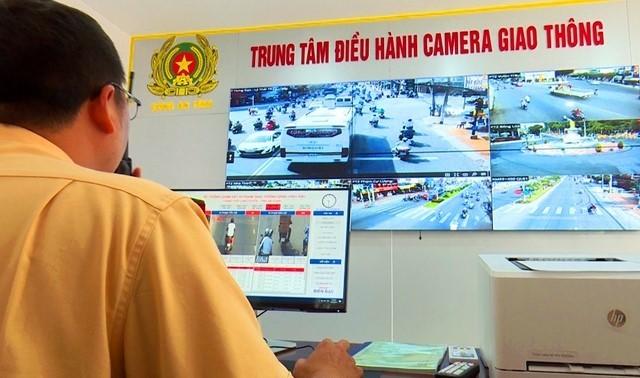 Lắp camera 8 'điểm đen' giao thông ở An Giang