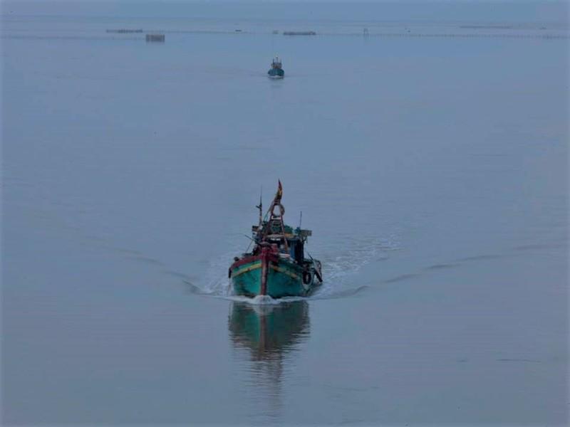 Một thuyền viên mất tích trên biển Cà Mau