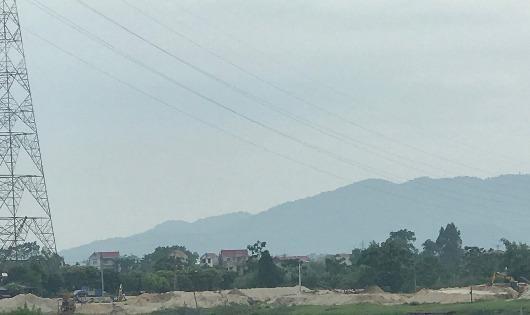 Lực lượng chức năng huyện Sóc Sơn bị 'vô hiệu' trước nạn khai thác cát trái phép ở sông Cầu?
