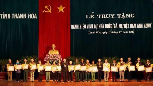 Truy tặng danh hiệu vinh dự Nhà nước cho 148 Bà mẹ Việt Nam Anh hùng
