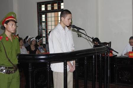 Bị cáo Phùng Mạnh Tuấn tử hình về tội
